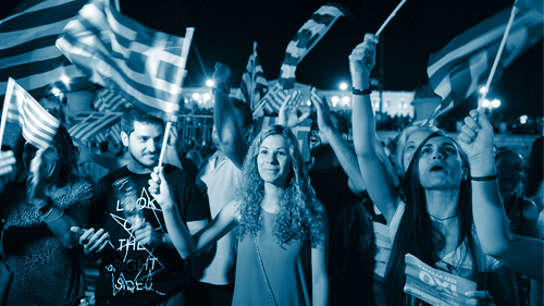 Junge Griechinnen in blau